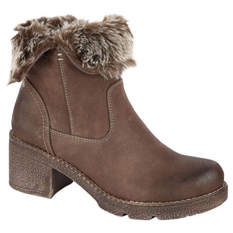 Brown boot with a chunky heel and faux-fur lined interior.