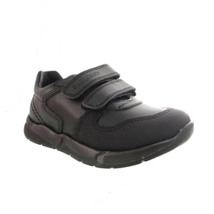 Black leather runner shoe from Pablosky with double velcro closure.