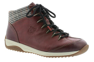 wine red lace up ankle boot with fleece lining and houndstooth panel