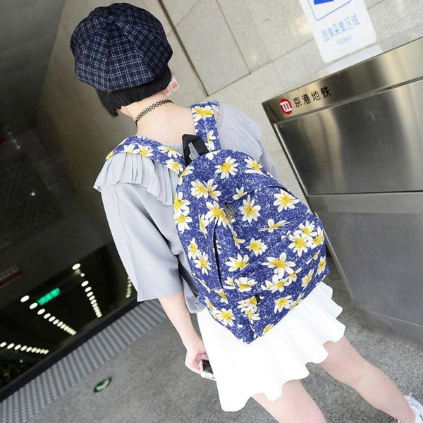 Womens Daisy Backpack/School Bag