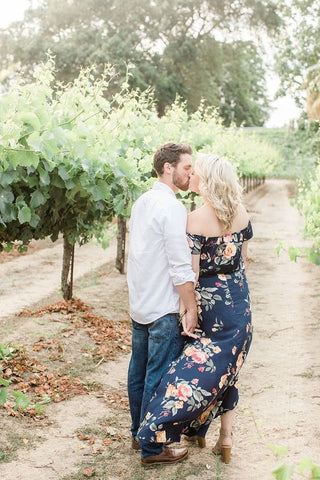 winery engagement photos