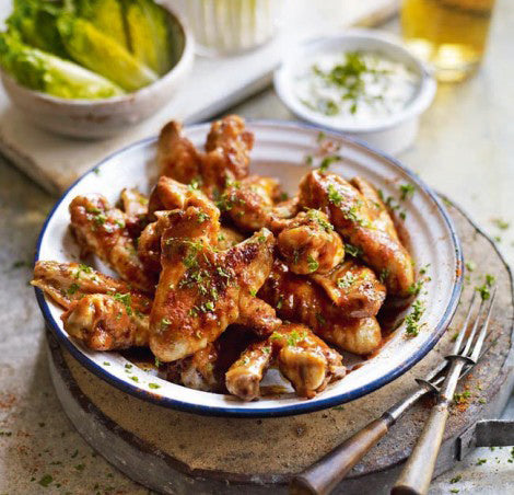 Buffalo chicken wings with Kawarau Blue cheese sauce !
