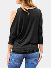 Cut Out Round Neck 3/4 Length Sleeves Blouses