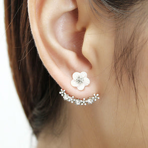 Luxury White Shell Cherry Blossoms Flower Stud Earrings Crystal Rhinestone Ear Women Jewelry