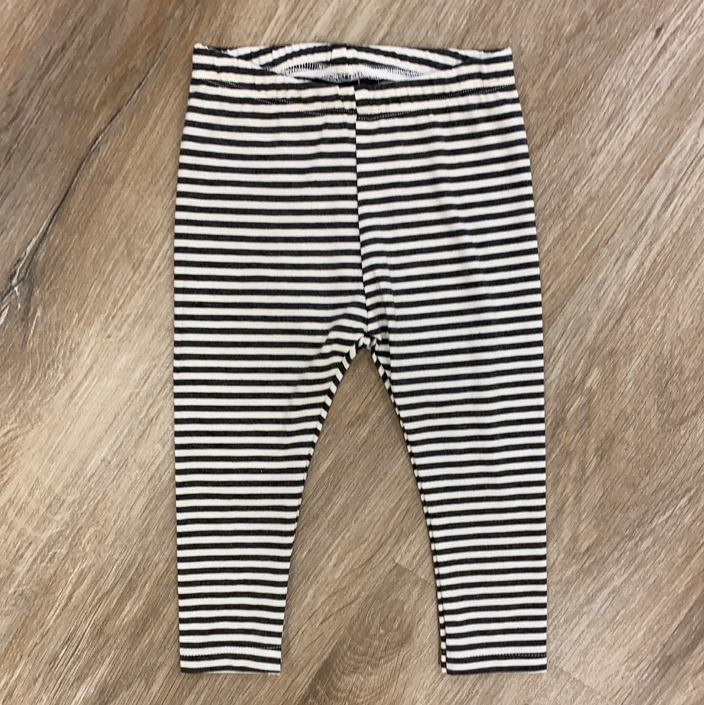 Basic Legging in Charcoal Stripe  - Doodlebug's Children's Boutique