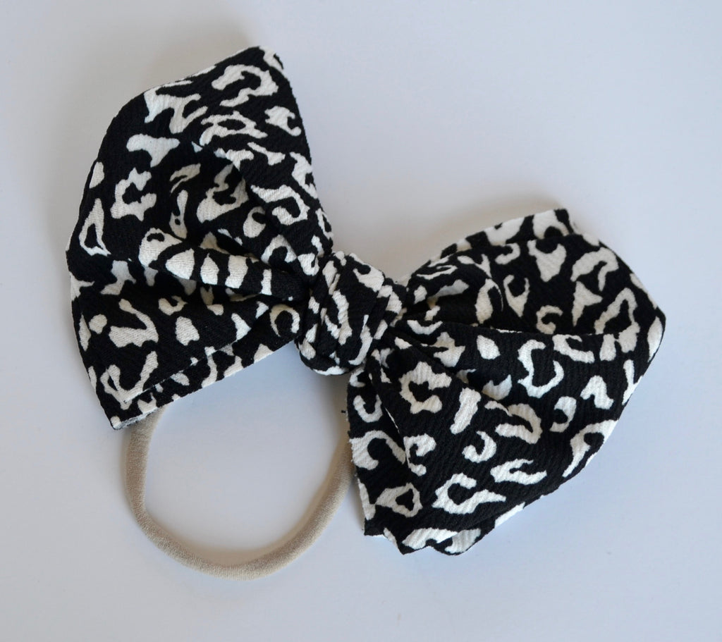 Black and White Leopard Bella Bow Black and White Leopard - Doodlebug's Children's Boutique