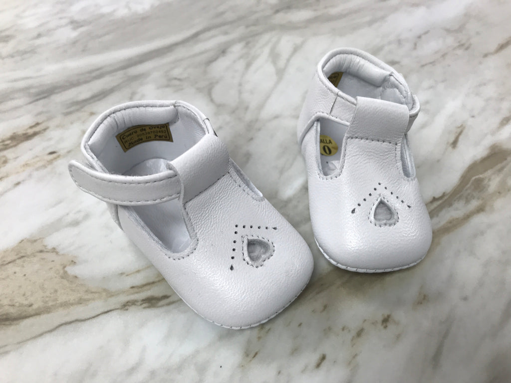 Heart Infant Leather Shoes in White  - Doodlebug's Children's Boutique
