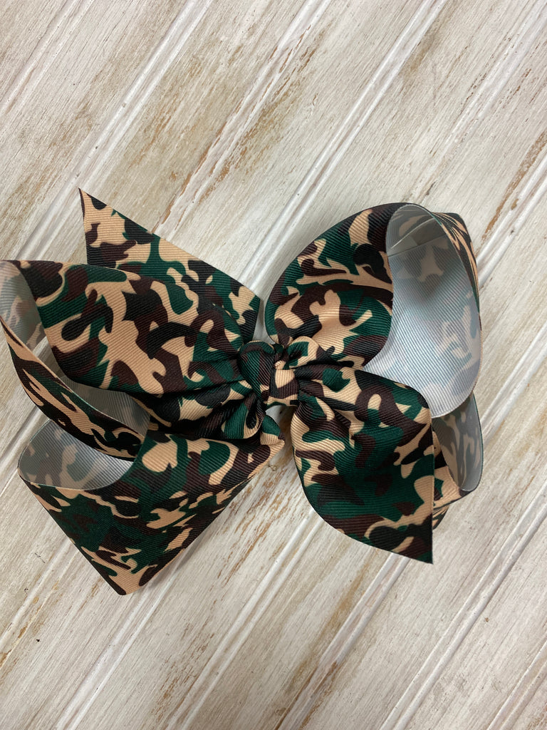 Texas Sized Bow in Camo  - Doodlebug's Children's Boutique