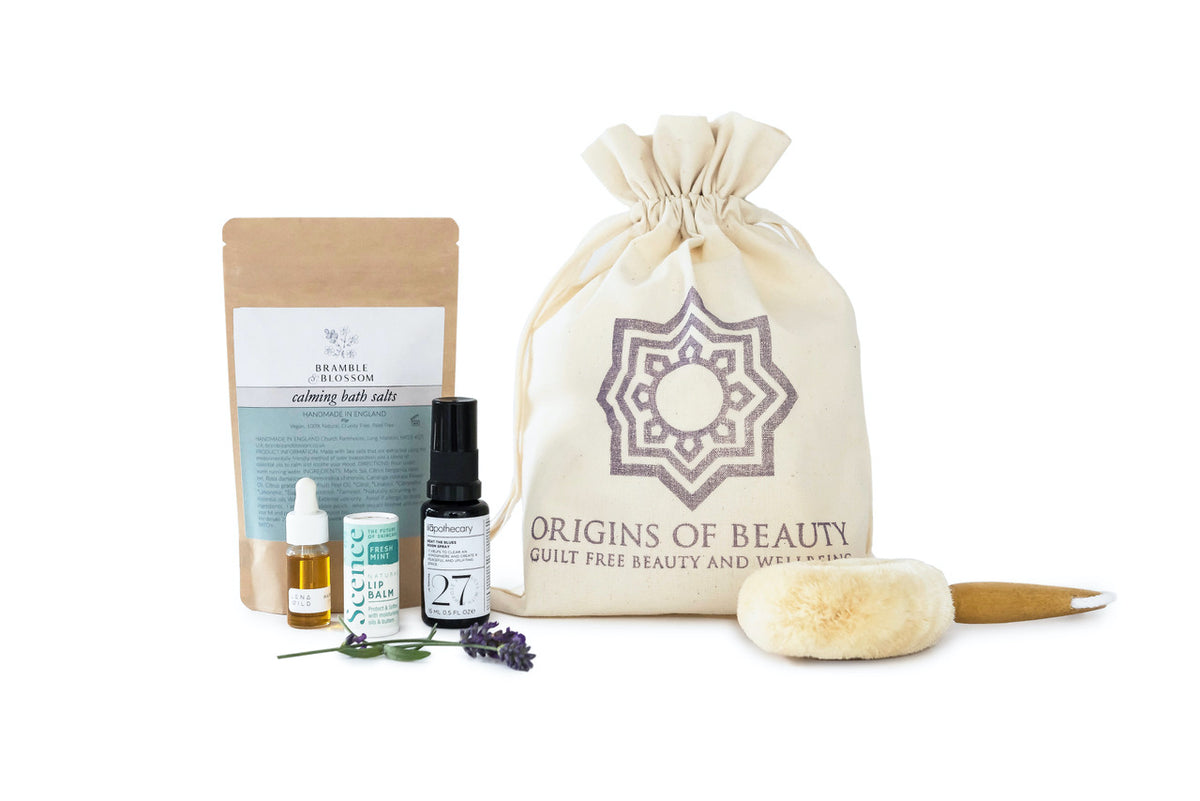Take the time to create sacred selfcare moments with the Origins of Beauty Selfcare Ritual Kit.  Experience truly indulgent & ethical wellbeing and nourish your mind, body & soul with products from Scence Lena Wild Bramble & Blossom Ilapothecary & Elytrum