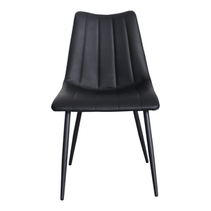 Alibi Dining Chair Matte Black