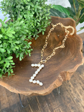Pearl Initial Letter Necklace- Z