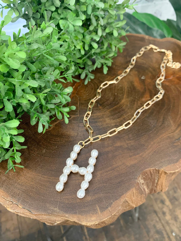 Pearl Initial Letter Necklace- H