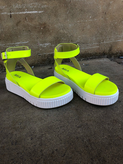 Lunna Sandals- Neon Yellow - Texas Bling