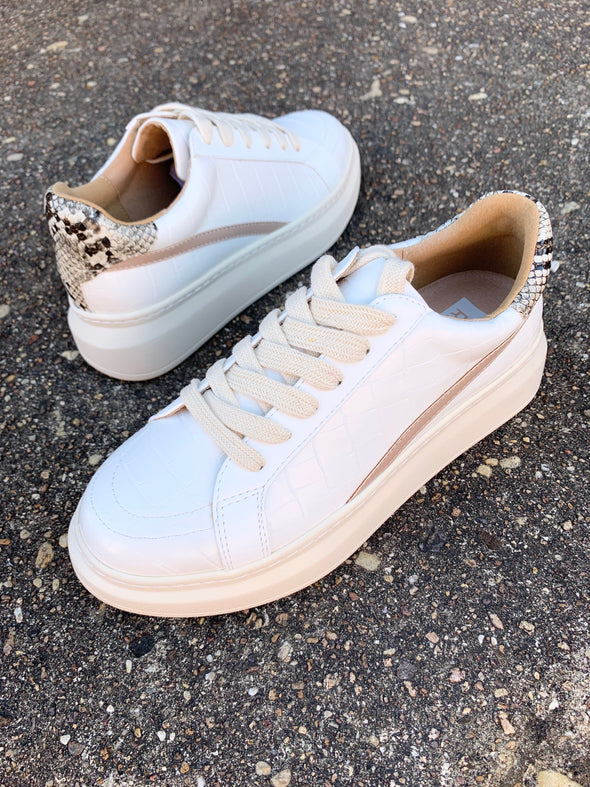 Darla Sneakers- White