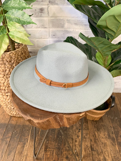 Saylee Wide Brim Belted Hat- Light Grey
