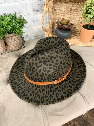 Donna Simple Leather Belt Leopard Hat