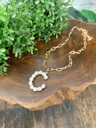 Pearl Initial Letter Necklace- C