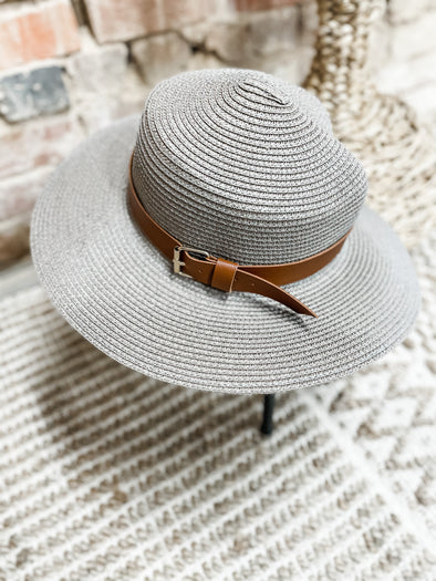 Stacie Belted Bucket Straw Hat- Beige