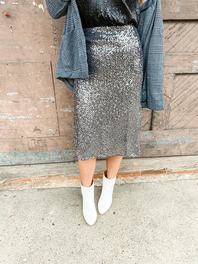 Kelsey Sequin Midi Skirt With Elastic Waist - Silver