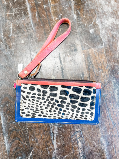 Aria Leather Wallet Wristlet- Blue/Giraffe