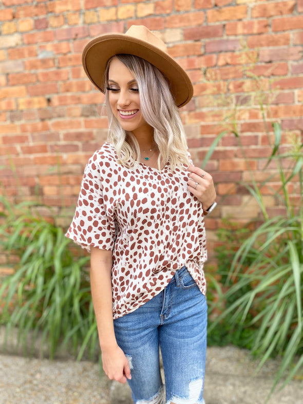 Emersyn Leopard Top- Taupe
