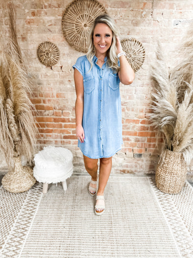 Donna Washed Chambray Shirt Dress