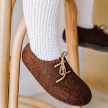 Alpaca Felt Shoes - Dark Chocolate
