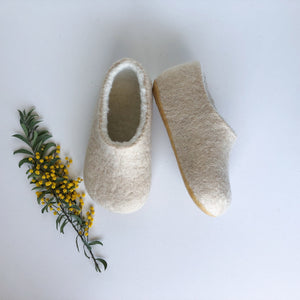 Kids Slippers - Cream