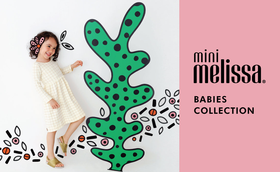 Melissa brings the same quality to the Mini Melissa range, resembling their  most iconic silhouettes. These precious shoes will bring joy to any little  girl!