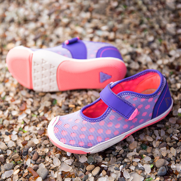 plae outdoor footwear for girls
