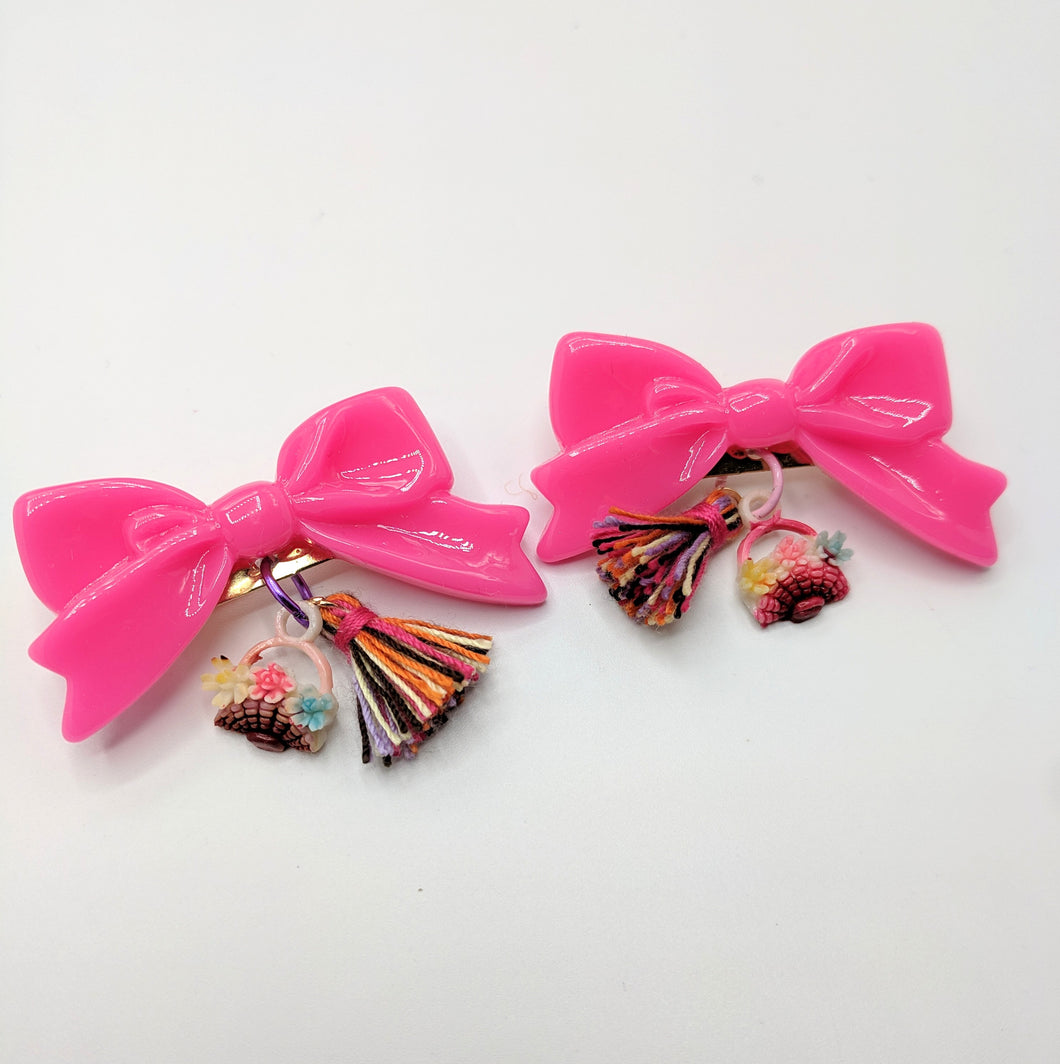 Easter Basket Bow Brooch