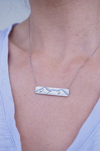 A necklace for the mountains