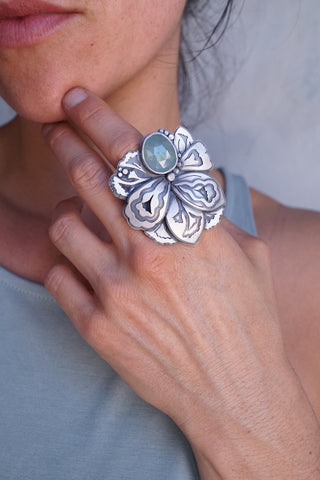Layered and layered big beauty ring with aquamarine