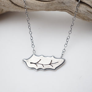 little arizona oak leaf necklace