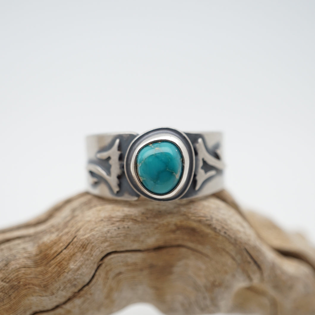 floral-inspired high grade cheyenne turquoise ring - size 6.5