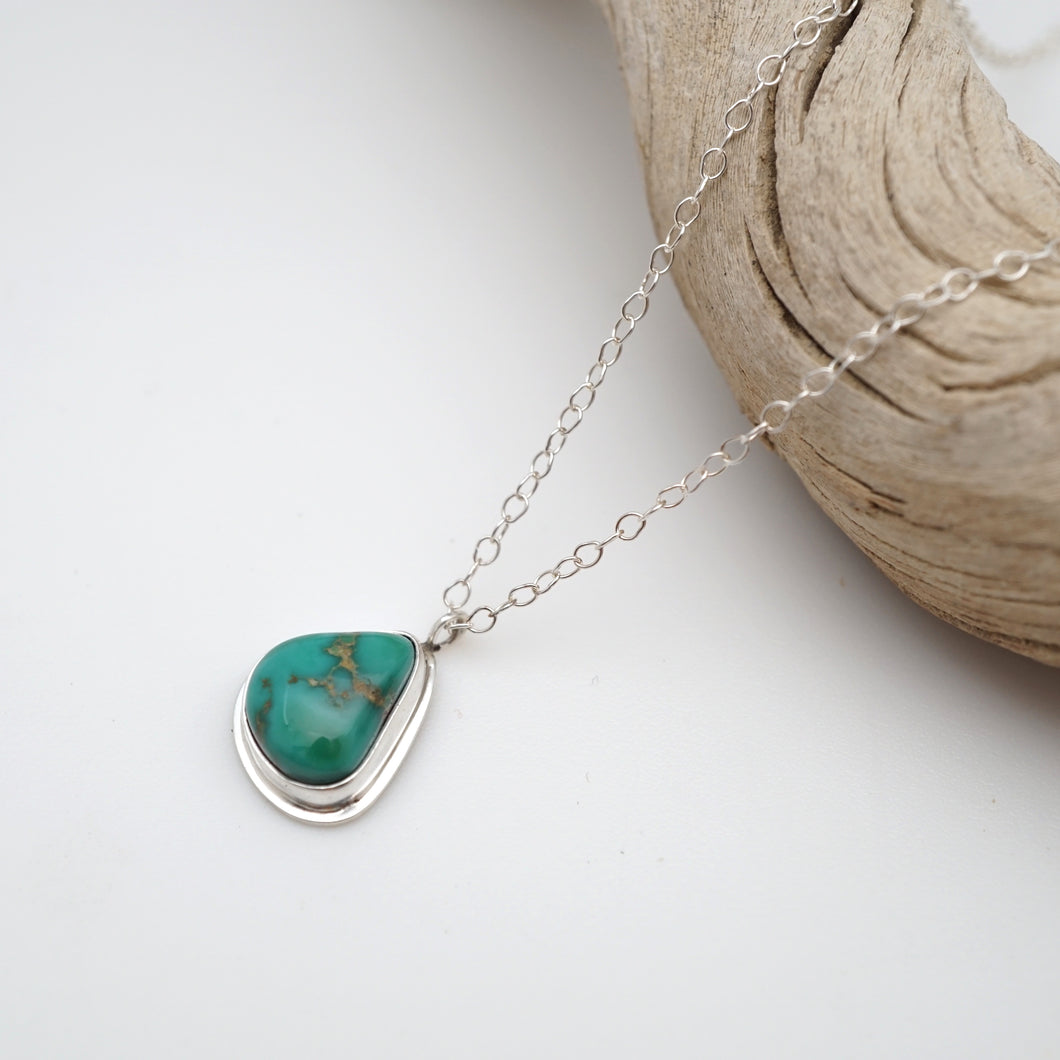 dainty sierra nevada turquoise + silver necklace - 17