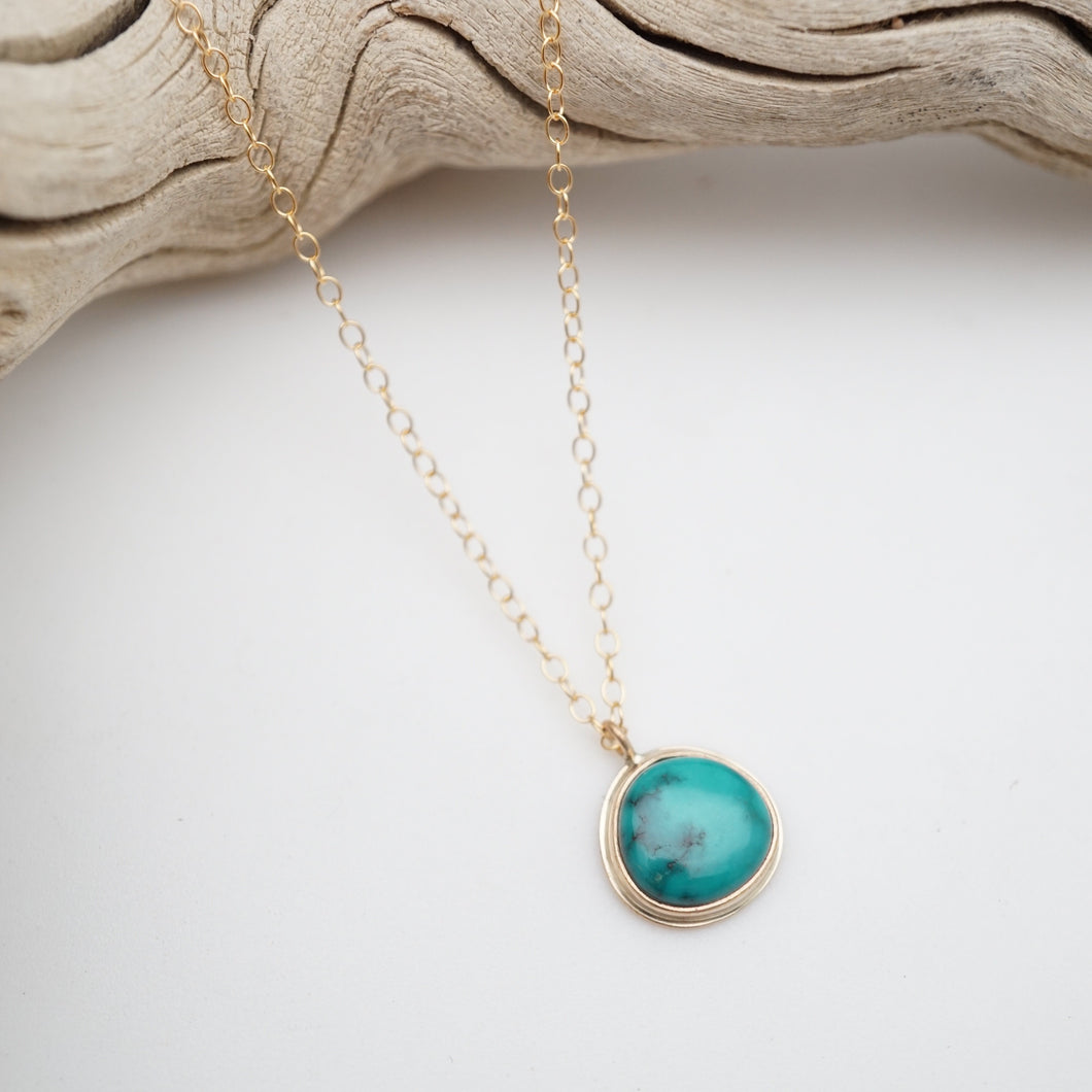 sierra nevada turquoise dainty necklace in goldfill