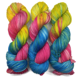 Fruit Stripe Gum Playtime Worsted