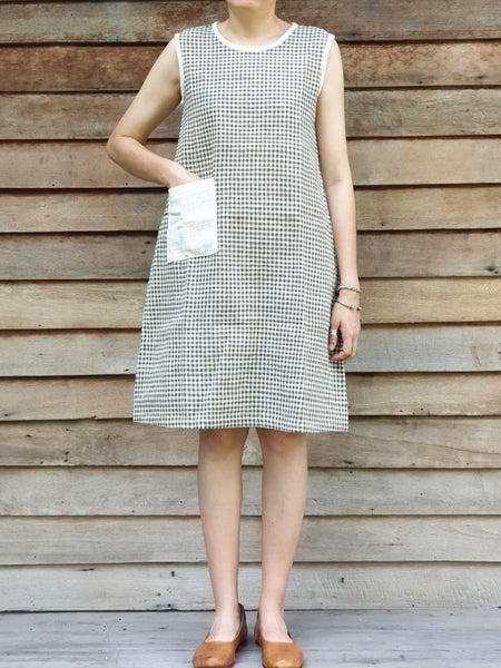 Roundneck Sleeveless Dress