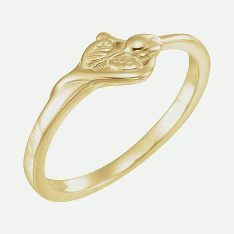 Oblique view of yellow gold UNBLOSSOMED ROSE Christian ring for women