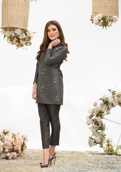 grey wedding formal-best fashion designers in lahore