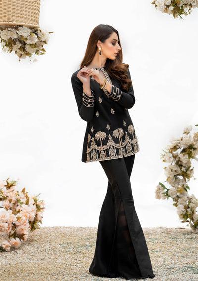 Black luxury pret, pakistani fashion designer