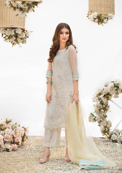 Off-white dress-pakistani wedding