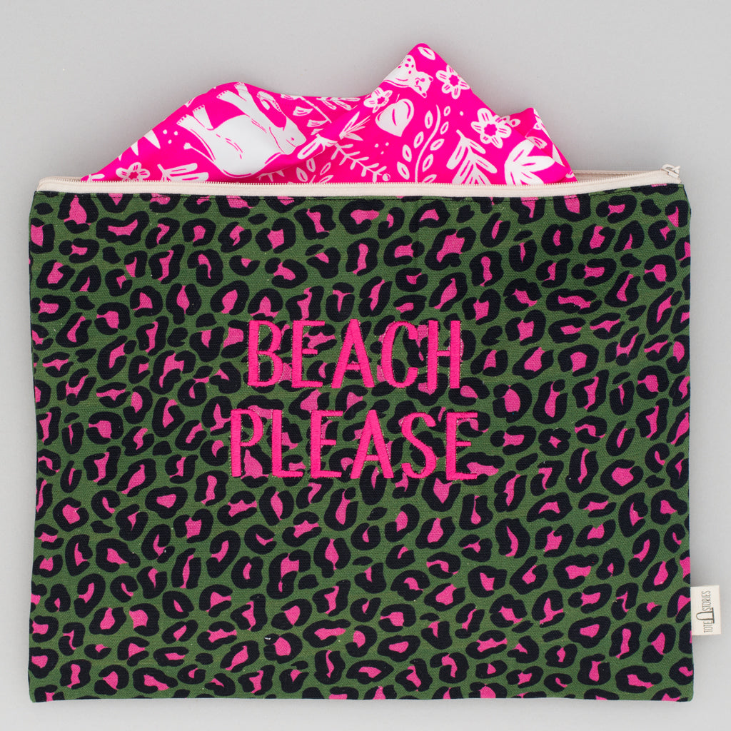 Beach Pouch - Leopard Hamneda Forest