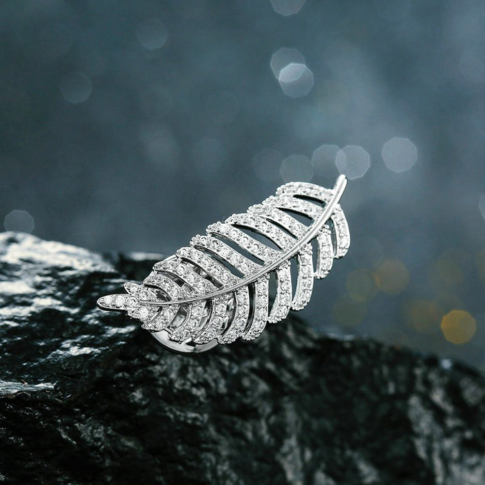 Autumn Leaf Crystal Clear Diamante Silver Brooch