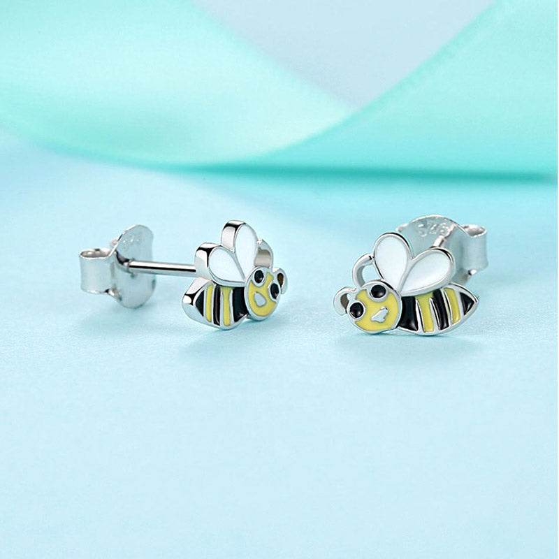 Eva Beeing Around Sterling Silver Earrings