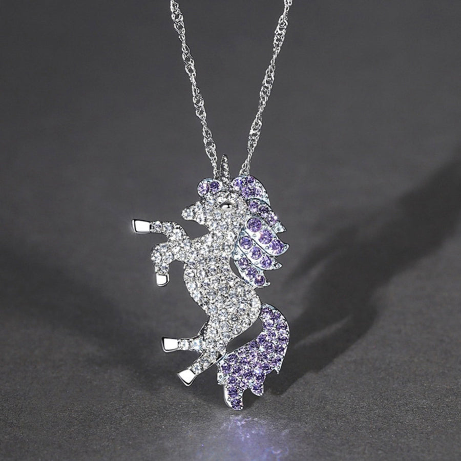 Eva Diamante Amethyst Crystals Unicorn Pendant
