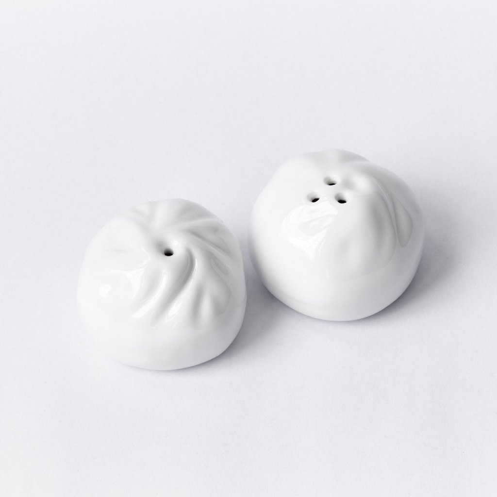 pinyin-press-dumpling-salt-pepper-shakers
