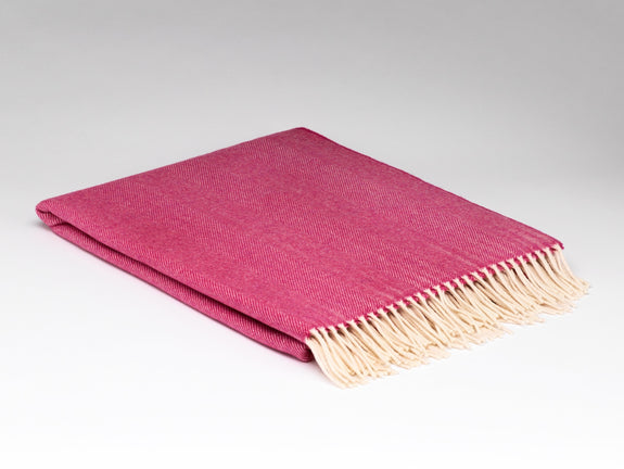 Raspberry Rose Supersoft Throw