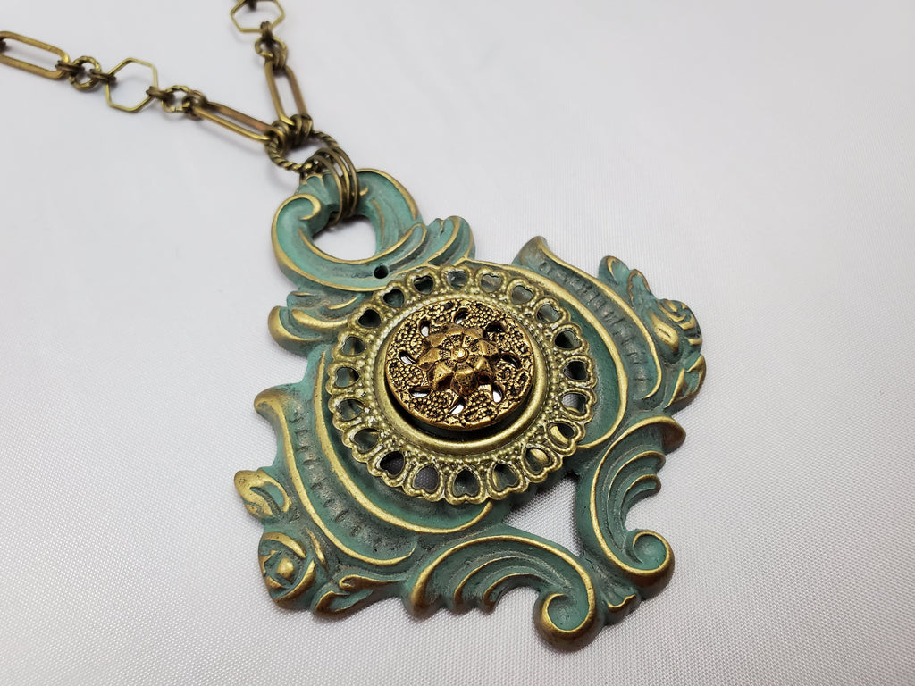 Lady Liberty – Vintage Hardware Necklace in Brass